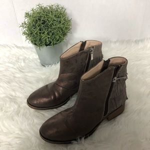 Kenneth Cole Girls Boots Size 2.5